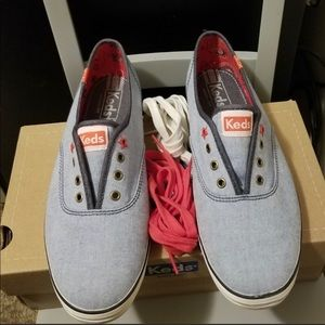 Shoes - Keds Patriotic Chambray Shoes size 8